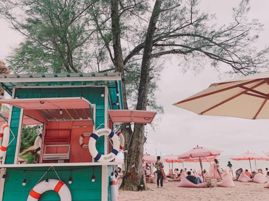 café tutu Beach คาเฟ่สีชมพู ฟรุ๊งฟริ๊ง สไตล์ฮาวาย